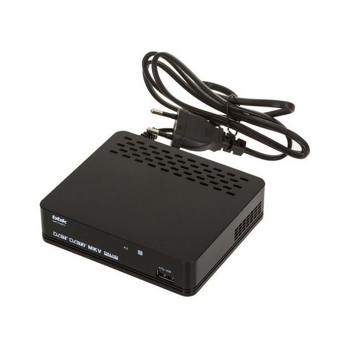 Ресивер BBK SMP123HDT2 DVB-T2 черный