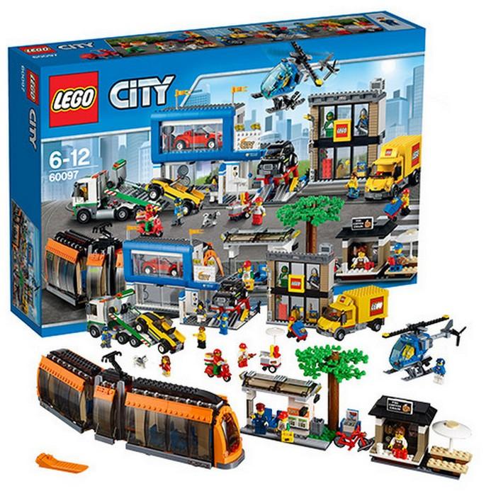 Конструктор LEGO Городская площадь (60097)