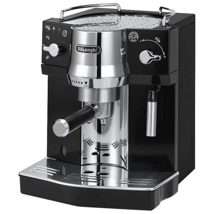 Кофеварка DeLonghi EC820.B